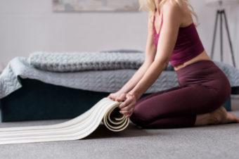 Brzuch po porodzie – co powinnaś wiedzieć i jak ćwiczyć